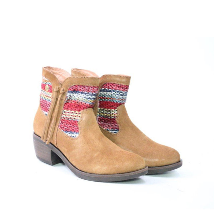 HUPA SHOES // ALASKA / CAMEL - ::
