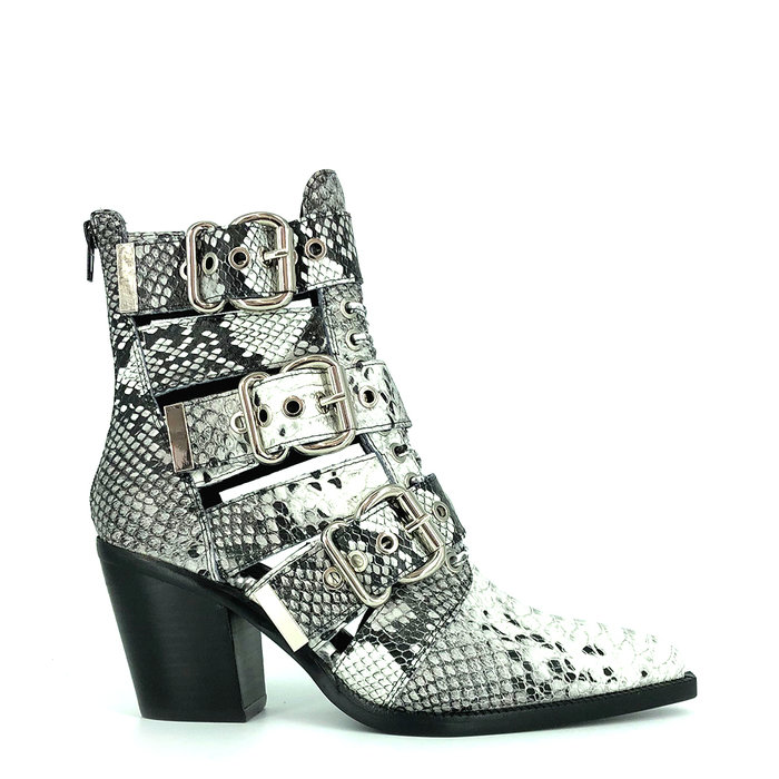 JEFFREY CAMPBELL // CACERES / BLACK+WHITE - ::